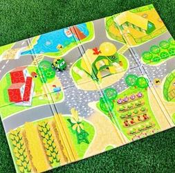 "John Deere Country Lanes 47"" Foldable Foam Playmat & Go Grip"